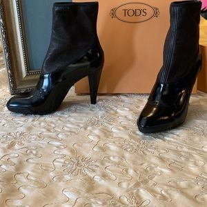 Tod's bootie!